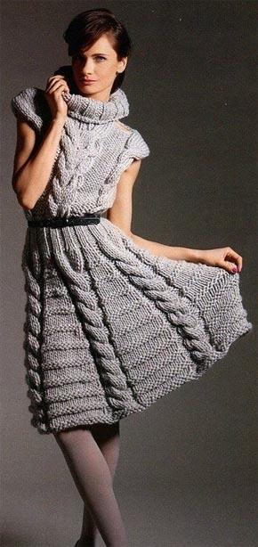 Вязание для женщин. Вязаное платье с косами и высоким воротником